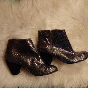 Betsy Johnson Padma boots